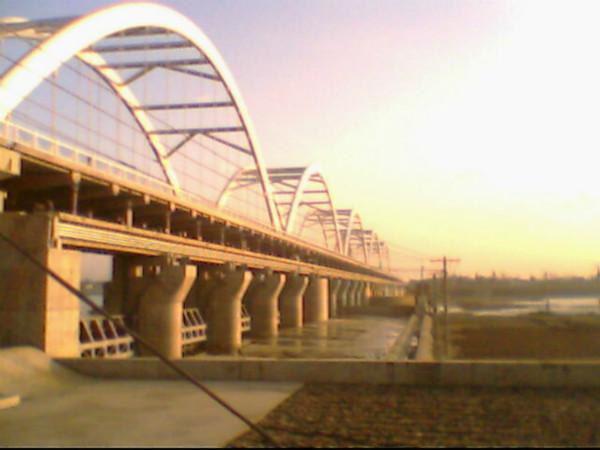 陕西汉中桥闸工程