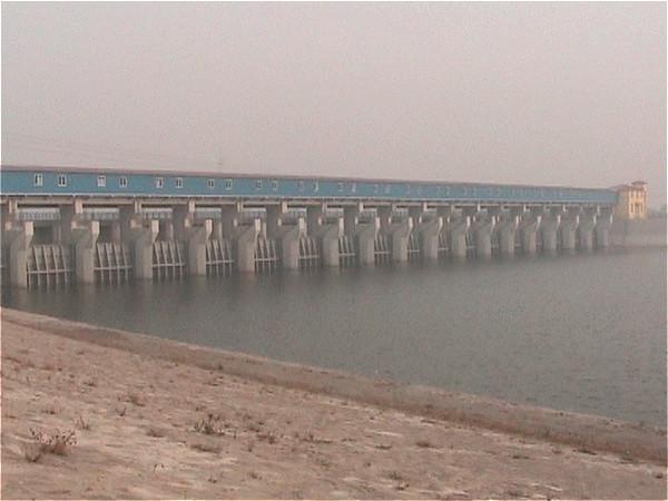 天津宝坻区潮白河南里自沽蓄水闸工程